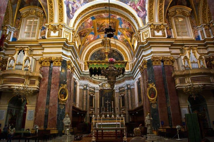 Catedral de St. Paul, Emedina