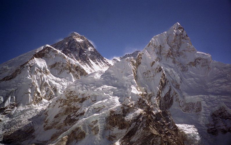 Everest y Lhotse