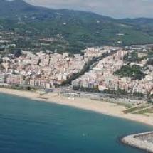 que-ver-en-arenys-de-mar-espana-puerto