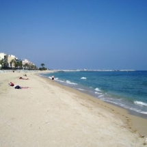 que-ver-en-premia-de-mar-espana-playa-del-bellamar