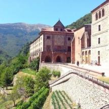 que-ver-en-rioja-espana-monasterio-de-valvanera