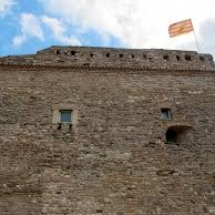 que-ver-en-suria-espana-castillo-1