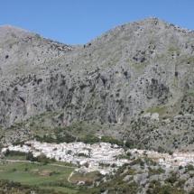 que-ver-en-villaluenga-del-rosario-espana-villa-del-municipal