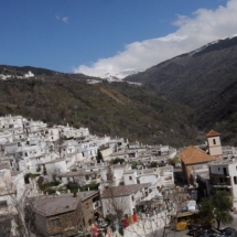 que-ver-en-Pampaneira-espana-pueblo-min