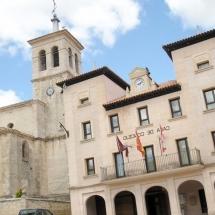 que-ver-en-cantalejo-espana-iglesia-de-san-andres-min