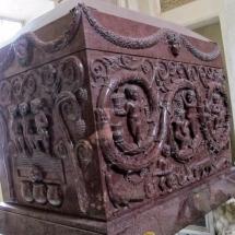 que-ver-en-constantina-espana-sarcofago-min