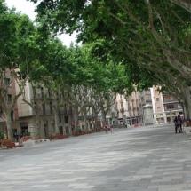 que-ver-en-figueras-espana-calles-min