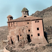 que-ver-en-illueca-espana-castillo-del-papa-luna-min