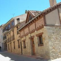 que-ver-en-pradena-espana-calles-min