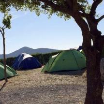 que-ver-en-prades-espana-camping-min