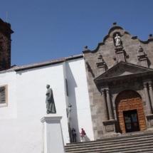 que-ver-en-santa-cruz-de-la-palma-espana-iglesia-el-salvador-min