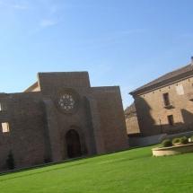 que-ver-en-sastago-espana-monasterio-de-rueda-2-min