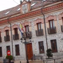 que-ver-en-sonseca-espana-ayuntamiento-min