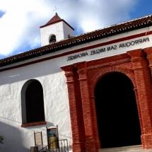 que-ver-en-tolox-espana-parroquia-san-miguel-min
