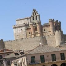 que-ver-en-turegano-espana-castillo-min