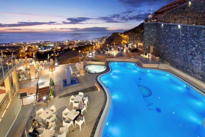 Hoteles en Adeje